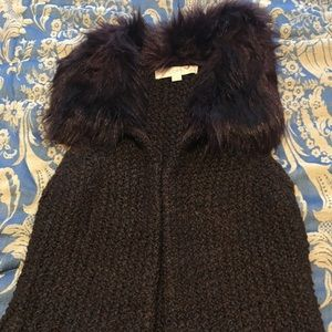 Loft sleeveless faux fur collar vest